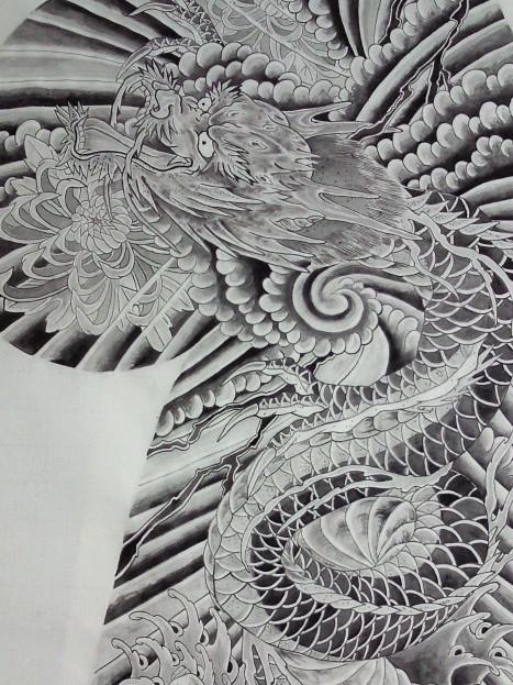 龍 タトゥー